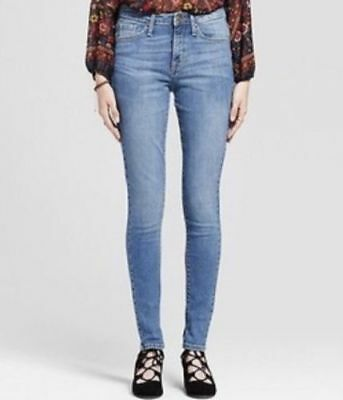 NEW! Mossimo Core HIGH RISE Skinny Stretch SHORT Jeans, MEDIUM Wash