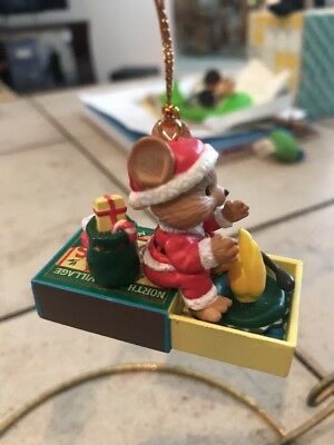 Enesco Like/lustre Fame Mouse In Matchbox Having A Campfire! New In Box