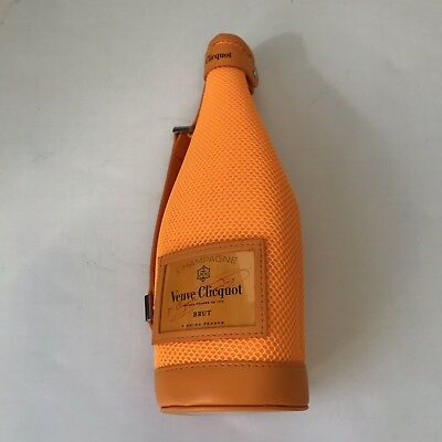 Veuve Clicquot Insulated Sleeve Champagne Imperial Brut Zip Jacket Bottle Case