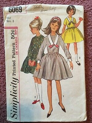 6069 Vintage Simplicity Sewing Pattern Size 8 Back Buttoned Dress Set in Sleeves