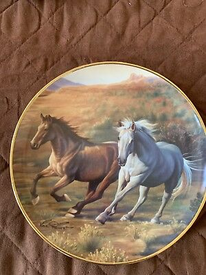 BRITISH HORSE SOCIETY COLLECTOR PLATE SIGNED AND NUMBERED Running Free