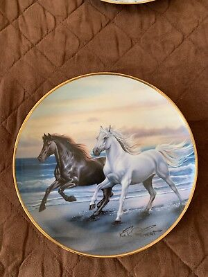 BRITISH HORSE SOCIETY COLLECTOR PLATE SIGNED AND NUMBERED Thunder At Sunset