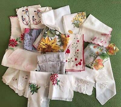 Lot Of 17 Vintage Womens Embroidered Floral Handkerchiefs Plus Box