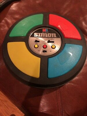 Vintage Simon Light Up Memory Game Works