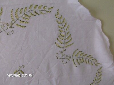 Vintage Linen Round Embroidered Tablecloth Fern Motif on Creamy White