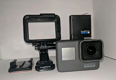 GoPro Hero 5 Black Edition Action Camera With Housing and Mount