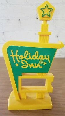 Vintage Holiday Inn Display Yellow/Green Front Desk