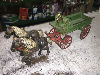 Vintage Toys Cast Iron Wilkins Hubley Ives Kenton Horse & wagon Very Nice Color