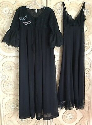 Vintage EYEFUL BY FLAUMS Small Nylon Lace Gown Robe Negligee Set