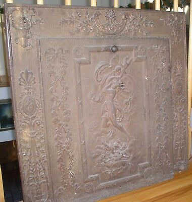 ANTIQUE/VINTAGE IRON  FIREPLACE INSERT Surround and Insert