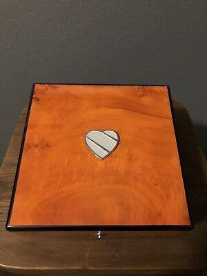 Rare Southwest Airlines SWA Wooden Case Box Employee Leadership Exclusive
