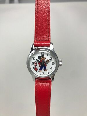 VINTAGE 1980s CHILDRENS MICKEY MOUSE WATCH HONG KONG RED WIND UP WORKING