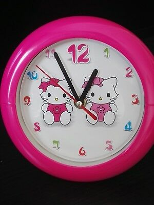 Reloj pared y mesilla Hello kitty niña