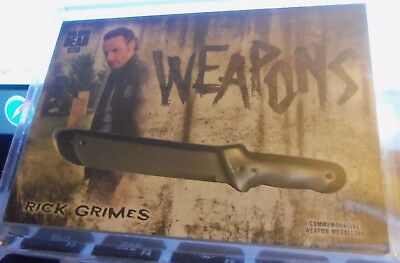 """2018 Topps  Walking Dead Hunters & Hunted Rick Grimes  """"weapons"""""""