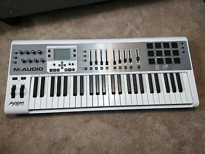 726aad909 M-audio AXIOM air 49 MIDI USB Keyboard controller with drum trigger pads