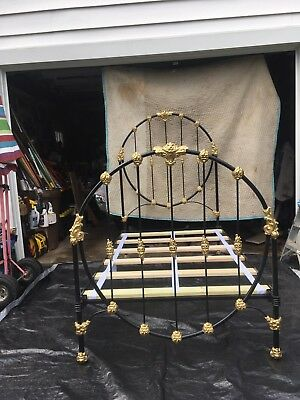 1900's ANTIQUE CAST IRON BED