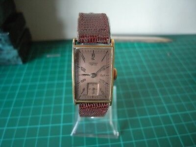 vintage Record manual wind watch cal 120 1940's in nice order