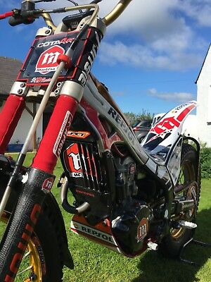 Montesa cota 4RT for sale in beautiful condition and ready to win.