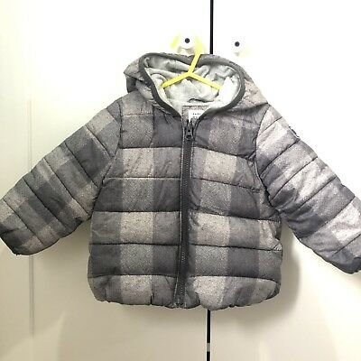 Boys Gap Grey Winter Coat Age 18-24 months Hood Soft Material