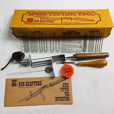RC RUG CRAFTERS~VTG 1976 Speed Tufting Tool inst booklet wire threader 1 needle