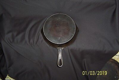 Antique CAST IRON Wapak No. 7 FRY PAN or SKILLET with HEAT RING
