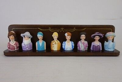 Avon American Fashion Silhouettes 8 Porcelain Thimbles With Display Rack