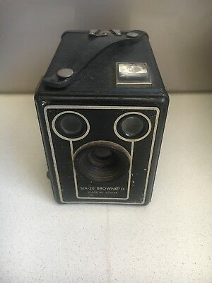 Vintage Kodak Box Brownie Camera Six 20 Model D London England Photo Collect Old