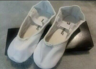 White leather ballet dance shoes full sole child size 10 medium width BRAND NEW
