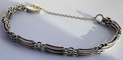 Lovely vintage solid sterling silver gate bracelet,padlock clasp & safety chain