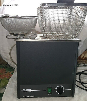 L & R QUANTREX 360H Ultrasonic Cleaner w/HEAT & baskets Works Great