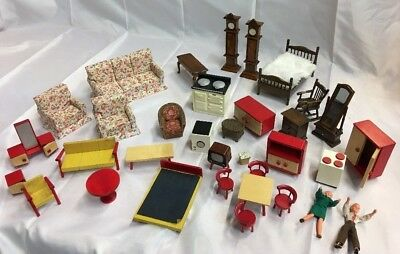 Dolls house furniture job lot of items - Pre-owned donated items