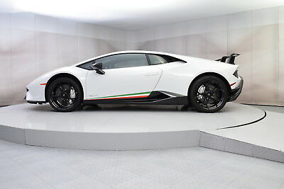 2018 Lamborghini Huracan Performante LP640-4 with 5,296 miles 2018 LAMBORGHINI HURACAN PERFORMANTE COUPE IN BIANCO ICARUS WITH LOW MILES