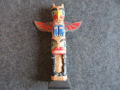 Northwest Coast Totem Pole, Hand Carved & Painted Animal Effigies,   #wy-01718B