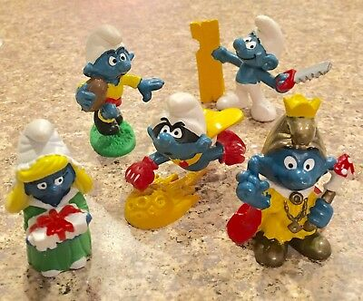 Lot Of 5 RARE VINTAGE SMURF Character FIGURES