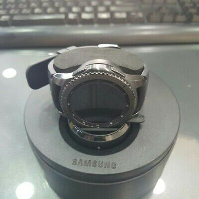 Samsung Gear S3 Frontier Smartwatch SM-R760 Bluetooth Ver. [Dark Gray] Displayed