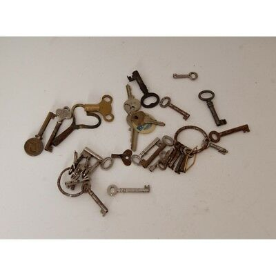 Collection of 25 Plus Vintage Clock and Draw Keys