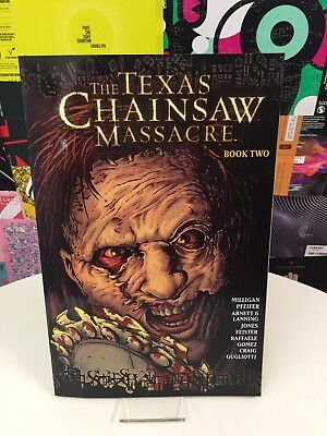 The Texas Chainsaw Massacre Book Two Graphic Novel FREE P&P ON ALL AUCTIONS!!!