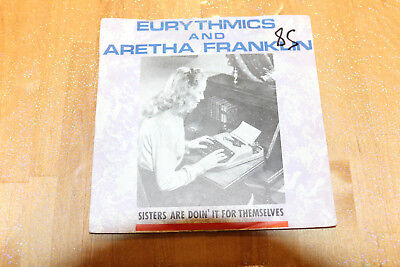 eurythmics and aretha franklin - sisters are doin' it for themselves   45t