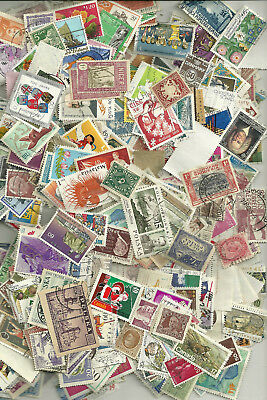 500 Worldwide Stamps,  All Different, No Us