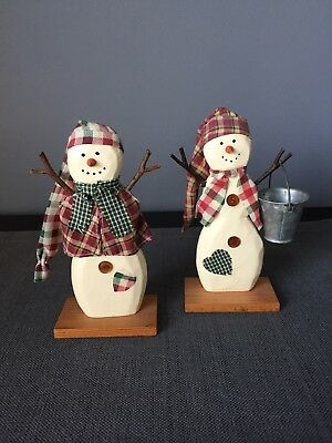 """Home Interiors Mr. & Mrs. Snowman Wood Figurines with Base 6.25"""" Tall 51020-98"""