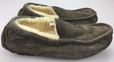 9911bfcc10c UGG ASCOT SUEDE Moccasin Slippers, Men's Size 9, Charcoal DAMAGED ...