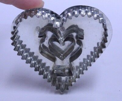 B. Cukla Hammer Song Figural Lovebirds In Heart Cookie Cutter 3.5""
