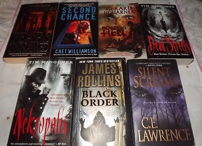 A Lot Of 7  Fiction/horror Paperback Books Excellent Condition Less Than $4 Per