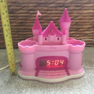 Disney Princess Pink Radio Alarm Clock Castle with Ceiling Projector P300ACRE