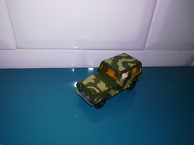 13.01.19.6 voiture miniature 3 inches jeep CJ-7 militaire Yatming