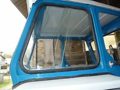 Ford Tractor 3/4/5/7000 Sliding Side Window Rubber (Glass not included)