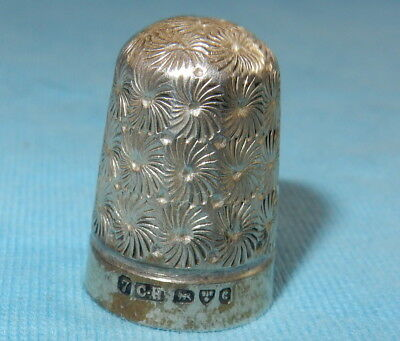 1903 BEAUTIFUL ANTIQUE SEWING THIMBLE - STERLING SILVER By CHARLES HORNER Size 7
