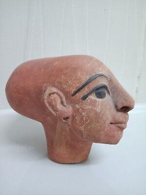 Merit Aton or the beloved of Athen is the eldest daughter of Akhenaten 5