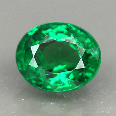 1.04ct.BEAUTIFUL GEM 100%NATURAL INTENSE GREEN TSAVORITE GARNET OVAL SHAPE RARE