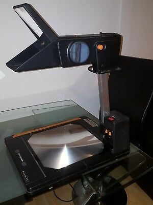 Overhead projector Astrolux portable .